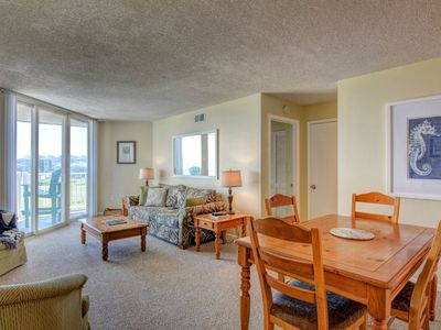 Photo for Oceanfront Condo with Private Balcony, tons of amenities