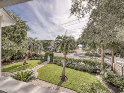 Photo for Gorgeous country home w/ partial ocean view & two decks - close to beaches!