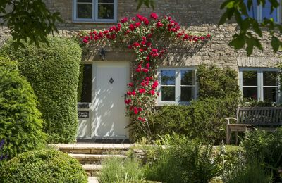 Photo for Poppy's Cottage in the Cotswolds sleeps four. With a beautiful large garden. Dog and child-friendly.