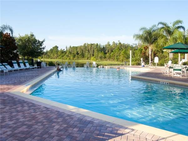 ** Book Now For Best Rates ** 4 pool * Splash pad * WIFI*w/d!