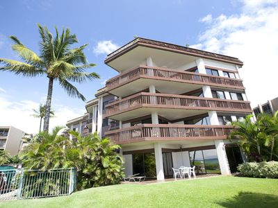 Photo for 🌊🏄♂️Spacious 6 Person Beach Condo! Steps Away From The Water! Maui Paradise