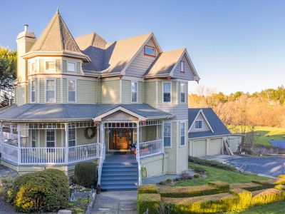 Photo for Spectacular Wine Country Victorian Estate, Dream House