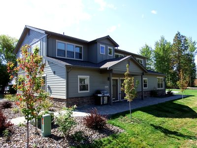 Photo for 3 BR Town House in South Sandpoint with 2 Car Garage