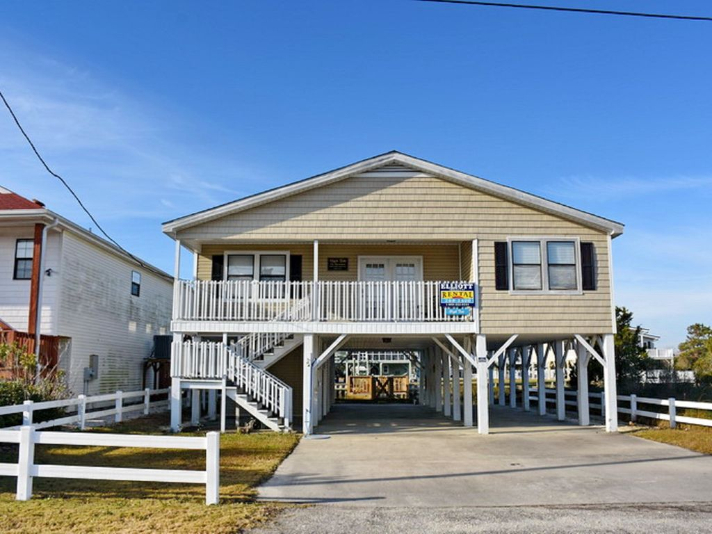 High tide high tide channel home with boat ramp in cherry grove cherry grove beach house rental high tide is found on a quiet street just over nvjuhfo Gallery