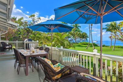 Ocean Front Patio w/ BBQ, Outdoor Dining & Hot Tub