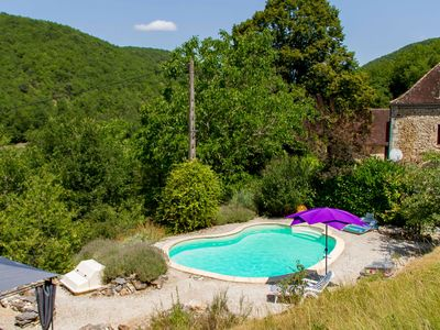Photo for Cottage 2 pers. exceptional setting near Sarlat