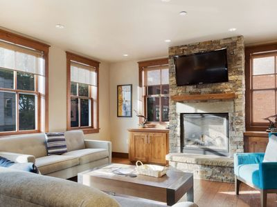 Photo for Luxury 2 bedroom, 2 bath condo features high-end finishes, a gourmet kitchen & an ideal location.
