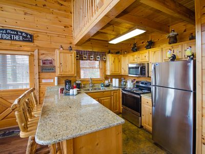 Grace Mountain 1 BR Downstairs and Large Loft w/Bedroom,  1.5 mi. from Parkway