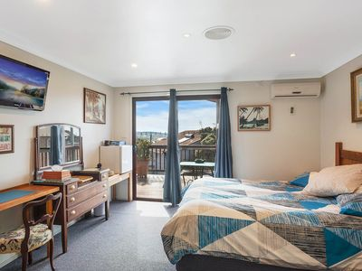 Photo for Adult accommodation in the center of Narooma