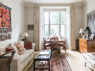 Photo for Distinctive Kensington 1-bed flat