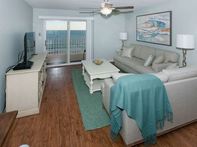 Photo for Renovated gulf-front on 8th floor   Zero entry pool, Kiddie pool, BBQ, Wifi   FREE ACTIVITIES