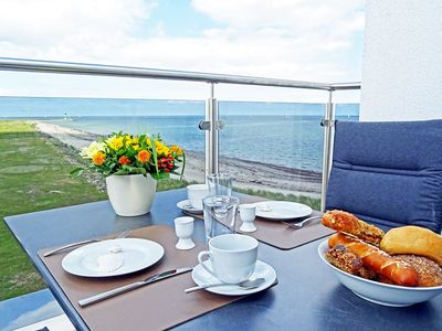 Photo for Luxury penthouse apartment with sauna & stove directly on the Baltic Sea!