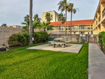 Photo for Spacious, Gulf-facing home w/ shared pool, hot tub, balcony - walk to beach