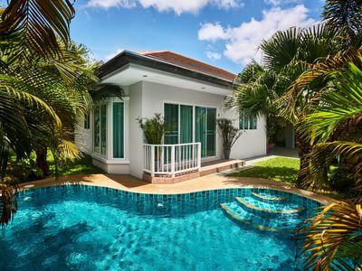 Photo for Luxury villa with swimmong pool