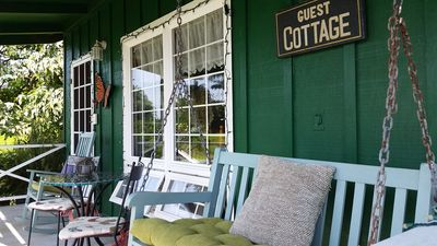 Country Cottage porch.