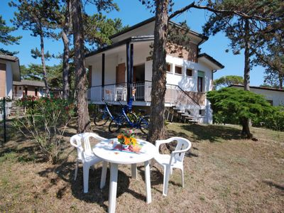 Photo for Vacation home Villaggio Alex (LIG740) in Lignano Pineta - 6 persons, 2 bedrooms
