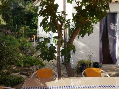 Photo for Beautiful bright apartment, quiet, large garden, 5minutes to the sea, internet, satellite, tv