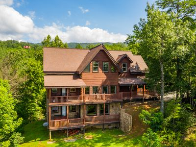 Photo for 5BR Cabin Vacation Rental in GATLINBURG, Tennessee