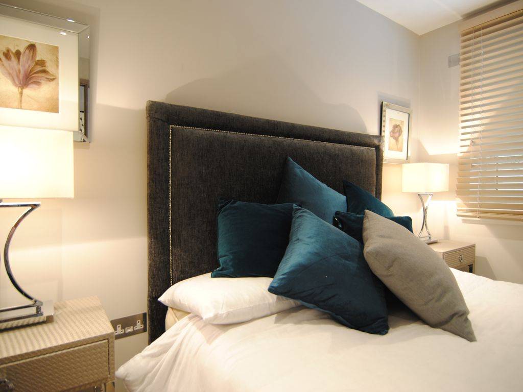 Lux 2 Bed Apartment: Luxury Apartment in the Heart of London By St ...