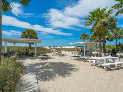 Photo for Seahorse Cottage 7, 1 Bedroom, Beach Front, Fire Pit, WiFi, Grill, Sleeps 4
