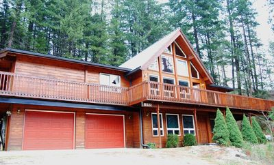 Photo for Reflection Hill Cabin at Leavenworth 4BR/3BA 4 Acres-Sleeps 14