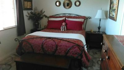 Photo for Bright and Spacious Master Guest Room - Gardena