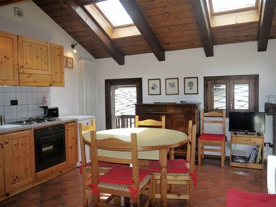Photo for Three rooms with 4/5 beds, overlooking Mont Blanc and private box
