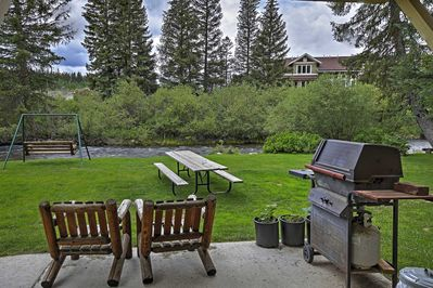 Soak up those 300 days of sunshine from this Fraser vacation rental property!