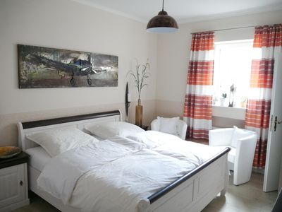 """Photo for Cozy holiday room """"Weltenbummler"""" [centrally located in Rheinsberg]"""