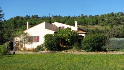 Photo for Delightful family friendly villa with new private & heated pool