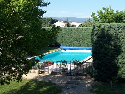 Photo for pretty Provencal farmhouse in the heart of the Luberon (between Gordes and Roussillon) with pool