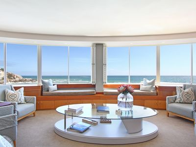 Photo for Apartment - Spectacular Ocean View, Free WiFi, Free Parking, Superb Location