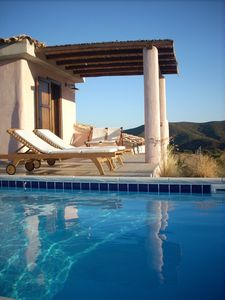 Photo for Independent villa with garden and swimming pool, ideal for a serene holiday
