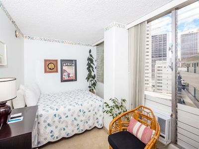 Photo for Sweet Design! Dining Table, Kitchenette w/Full Frig, AC, TV, WiFi–Waikiki Grand 900