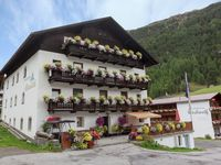 """Comfortable accommodation in Vent with good and friendly service """"Frau Sche ..."""