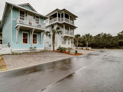 Photo for Two-story Cottage Court home w/ shared pool & hot tub & free WiFi - beach nearby