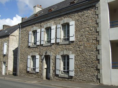 Photo for Large Four-Bedroom Townhouse 2 Minutes Walk From The Centre Of Pont Aven