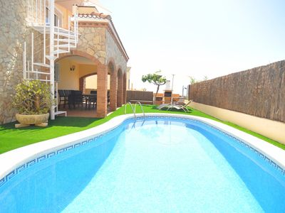 Photo for Club Villamar - Precious villa located in a quiet residential area, close to the beach and all am...