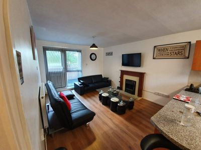 Photo for Lovely Airy Apartment off Oxford  Rd