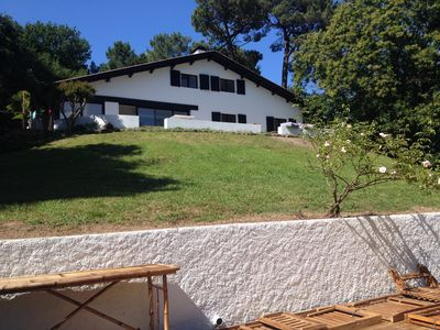 Photo for Large house, view over Rhune, 1 hectare, pool