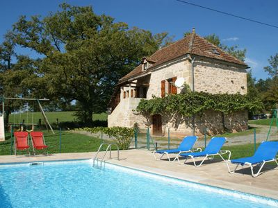 Photo for Lovely holiday home in stunning location, private pool and 6 mountain bikes