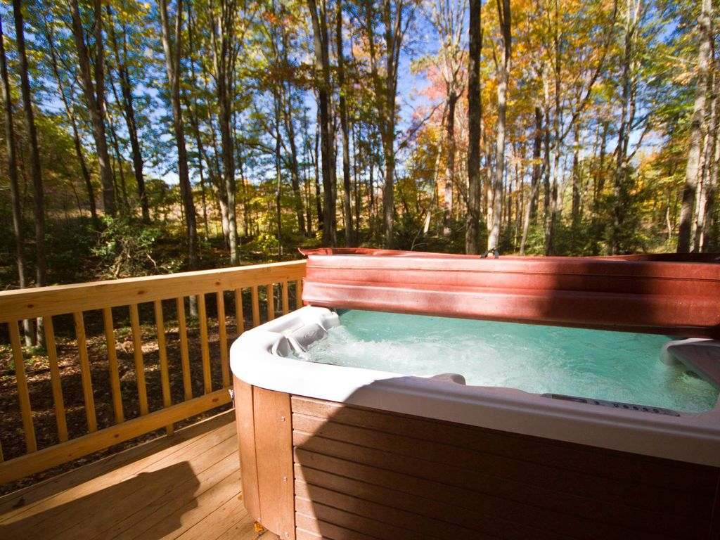 ... West Virginia Woods   Perfect For Coupleu0027s Escape. Almost Heaven Cabin.  Private Hottub