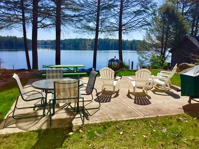 outdoor living (firepit, grill, picnic table, deck table).