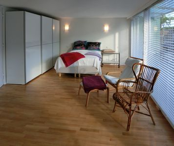 Photo for Modern apartment in the heart of Dusseldorf, free Wi-Fi