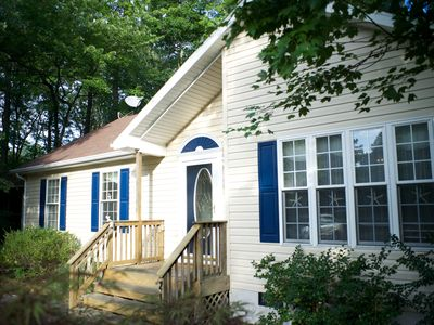 Photo for Charming, family-friendly, beach-town cottage