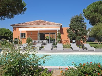 Photo for High standing villa with hotel services, private swimming pool - Secure area