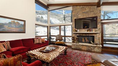 Photo for Luxurious ski in/out 3 bedroom condo on Aspen Mountain