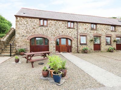 Photo for THE CART SHED, family friendly in Haverfordwest, Ref 7188