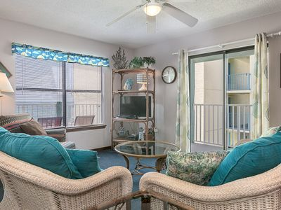 Photo for Relax and unwind at Sundial #3H: 4 BR/2 BA Condo in Gulf Shores