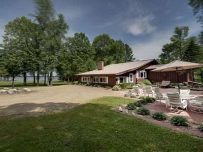Photo for A Private Relaxing Retreat on Beautiful Grace Lake